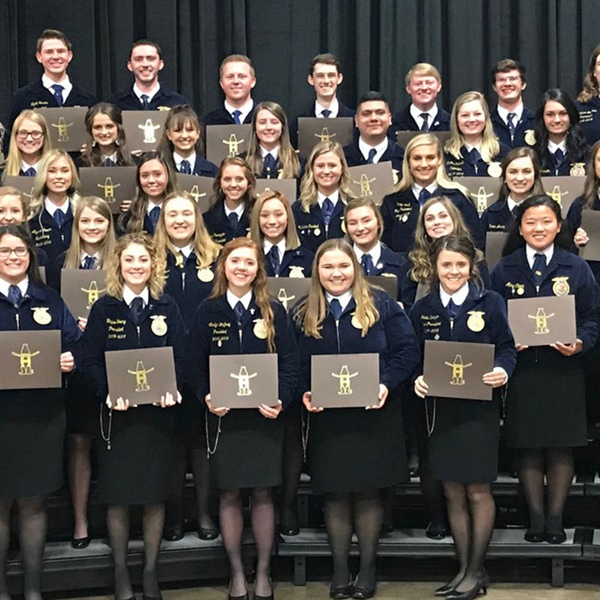 Rodeo Awards Texas FFA Members with $1.4 Million in Scholarships